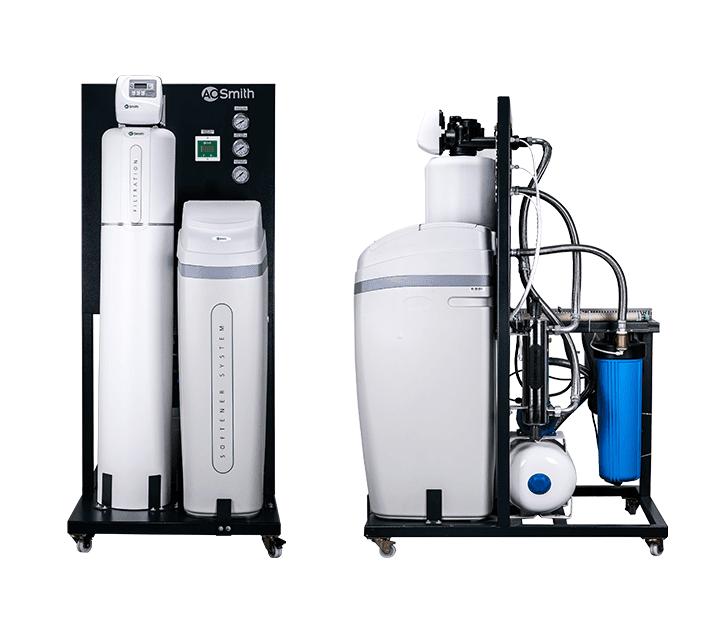Màn hình điều khiển giúp kiểm soát lưu lượng nước và quá trình hoạt động của máy